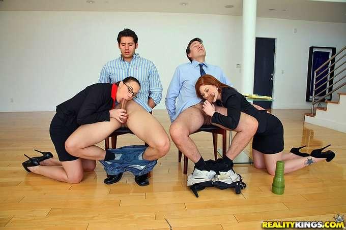 Follados y humillados en entrevista de trabajo - foto 4