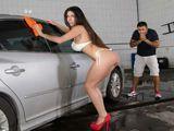 Además de lavarte el coche te echa un polvo - Fotos Porno