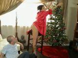 Mamá ya ha puesto en casa el árbol de navidad - Incestos