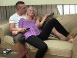 Mi suegra y yo acabamos follando duro - Fotos Porno