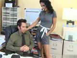 Se deja follar por el jefe para no perder el trabajo - Secretarias