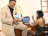 Mi secretaria personal, la que mejor folla - Secretarias