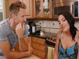Encontronazo sexual con mi ex en la cocina - Divorciadas