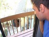 Espía a la vecina desde la ventana - Vecinas