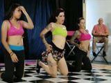 Menudas tetas tienen las bailarinas - Morenas