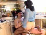 Incesto XXX con mi hijo en la cocina - Incestos