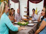 La reunión familiar que acaba en sexo ... - Cerdas