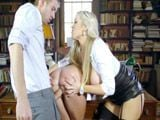 La profesora incita a sus alumnos al sexo - Cerdas