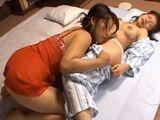 Mamá se mete todas las noches en mi habitación - Asiaticas