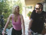 La conocí montando en bici y me la acabo follando - Rubias