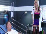 Me gusta levantarle el ánimo a los pacientes operados - Zorras