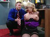 Ata a su secretaria para hacer con ella lo que quiera - Secretarias