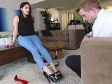 Cuñado, te gustan mis nuevos zapatos? me hacen sexy? - Cuñadas