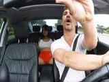 El taxista alucina, vaya coño que marca la clienta - XXX