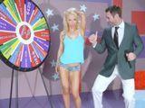 La ruleta de la fortuna tiene ya su versión porno XXX - Rubias
