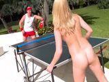 La partida ping-pong se nos acaba yendo de las manos - Porno HD