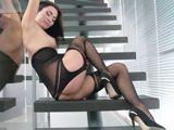 Nos acabamos de enamorar, ella es la sexy Michaela Isizzu - Actrices Porno