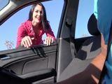 Quedan mujeres que se atreven a hacer autostop ... - Cerdas