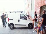 La fiesta acaba follando en la calle a vista de todos - Porno HD