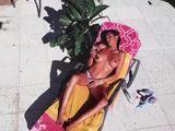 El hijo puta usa un drone para ver a la vecina desnuda - Vecinas