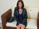 La muy cerda viene a la entrevista dispuesta a darlo todo - Fotos Porno