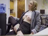 Así me recibe mi secretaria cada mañana, bestial, no? - Secretarias