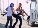 Unos hombres me raptan, me meten en una furgoneta ... - Xvideos