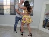 Creo que me estoy enamorando de mi profesora de baile - Xvideos