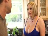 Menudas tetazas tiene la amiga de mi mujer … increible !! - Porno Mix