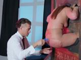 Maddy OReilly regala su culito a todo amante del sexo anal - Anal