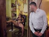 No es la primera vez que pillo a mi hermana masturbándose - Sexo Fuerte