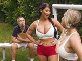 Me encanta entrenar a un equipo femenino de fútbol ... !! - Xvideos