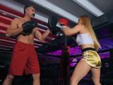 Me encanta el boxeo y mi entrenador me pone cachonda - XXX