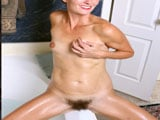 El delicioso coño peludo de la madura Veronica Johnson - Fotos Porno