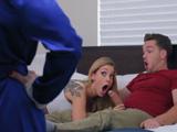 Hijo, te he dicho mil veces que me presentes a tu novia … - Porno HD