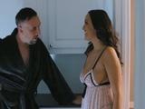 Parece que a mi cuñado le cuesta dormir esta noche … - Porno HD