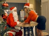 Aún recuerdo como en navidad me follé a Papa Noel … !! - Porno HD