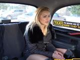 No sabe a qué calle quiere ir .., qué es lo que pretende? - Taxi Porno