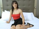 Está deseando grabar su primera escena porno de verdad - Morenas