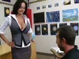 La profesora sabe que esta muy buena - Profesoras