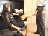 Madura sexy poniendo muy cachondo al jefe … - Secretarias