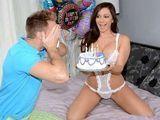 El coño de mi cuñada, regalo de cumpleaños - Fotos Porno